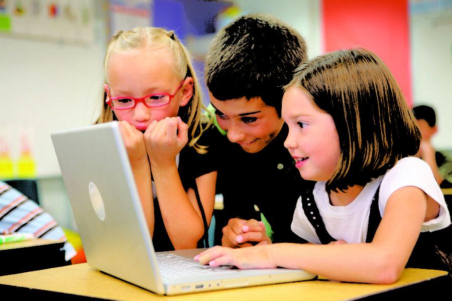 Does the Internet makes children smarter?