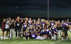 Navigation to Story: Sophomores win Powderpuff 2021!